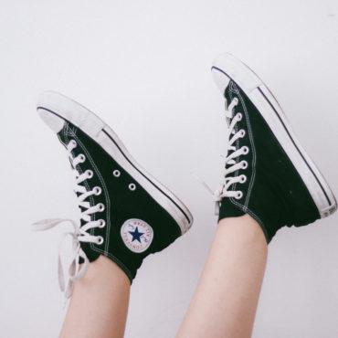 photo-1463100099107-aa0980c362e6